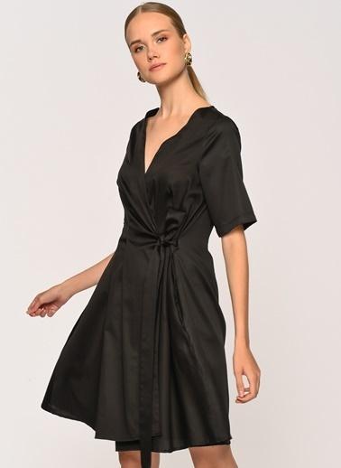 Loves You Anvelop Bağlamalı Kısa Kol Poplin Elbise Siyah